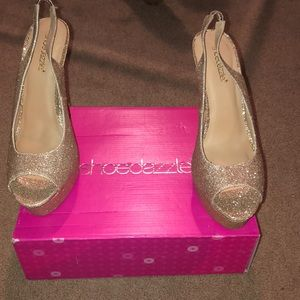 Shoes - Shoedazzle gold glittery heels